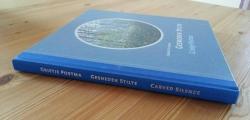 Gesneden Stilte, boek Grietje Postma, zijkant boek